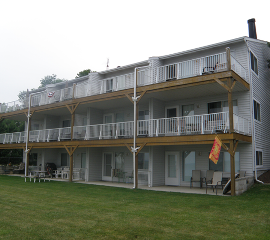 Put-in-Bay back bay condos c and d put in bay
