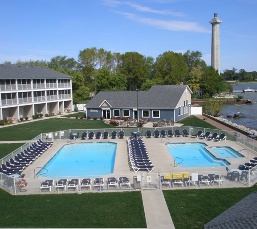 Put-in-Bay bayshore resort hotel put in bay
