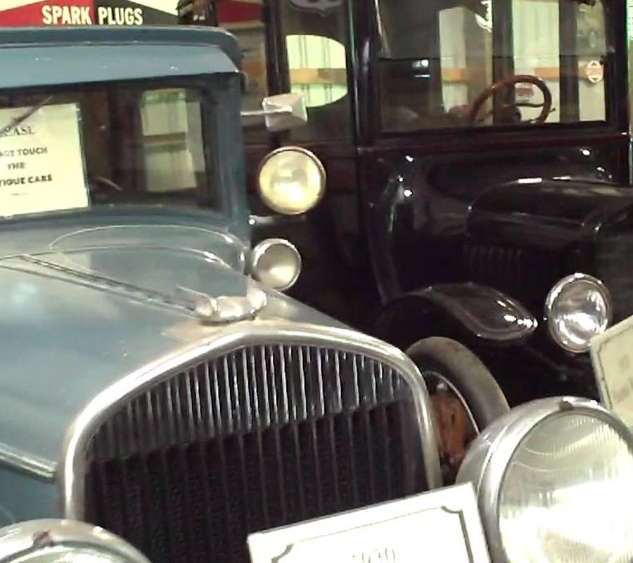 Put-in-Bay put in bay antique car museum 2
